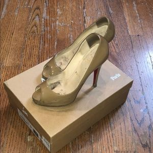 Beige patent Christian Louboutin patent peep toes